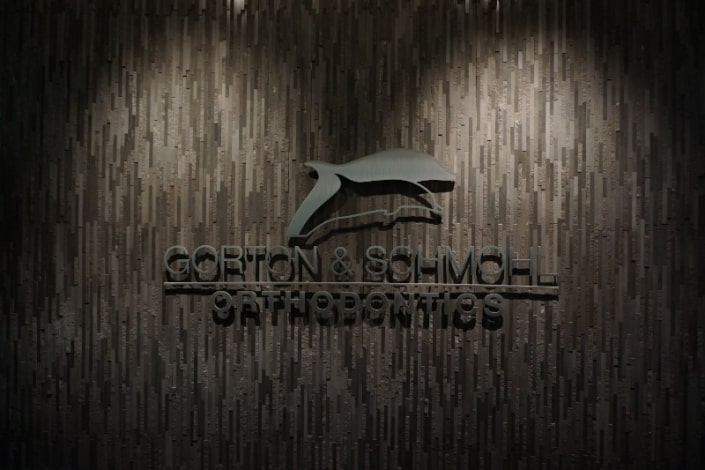 logo gorton and schmohl orthodontics